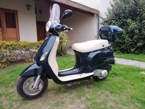 Moto Scooter Corven Milano 150 Cc Verde Con Baulera