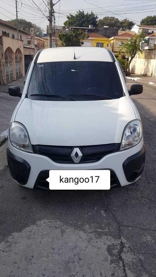 Renault Kangoo 2017 Completa Unico Dono