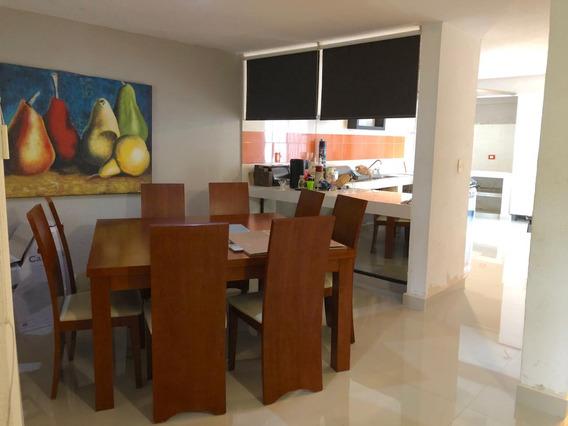 Casa En Venta, Remodelada, 5 Recamaras, Hermosa!!