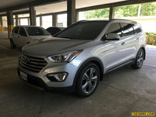 Hyundai Santa Fe .