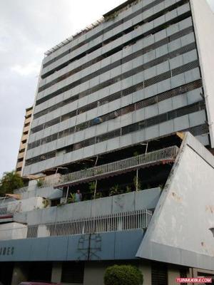 Los Jardines Apartamento Venta Maracay Codflex 18-4115 Dlr