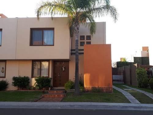 Preciosa Casa En Puerta Real, Jardín, 3 Recamaras, Equipada, Seguridad 24.7,..