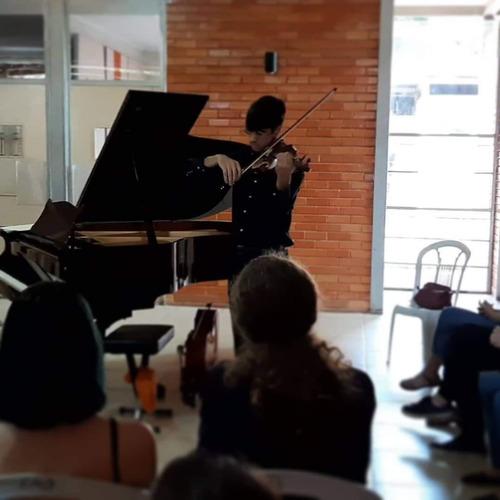 Imagem 1 de 2 de Violino E Voz Para Eventos