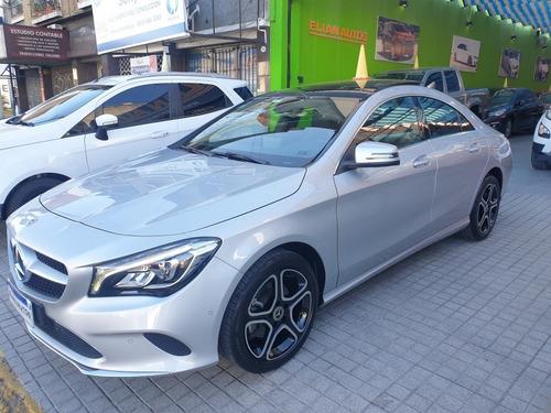 Mercedes-benz Clase  Cla200 Urban 156cv At 2019