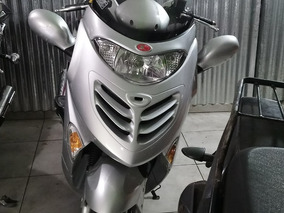 Kymco Grand Dink 250 Scooter Alta Gama