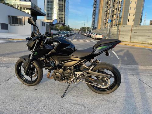 Kawasaki Z400 Naked Abs 2020. Excelente Estado