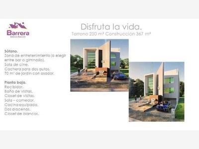 Casa Sola En Venta Residencia En Zona De Alta Plusvalia, Segura Privada. Dolores Residencial