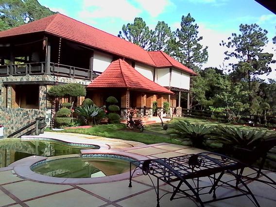 Villa De Renta En Jarabacoa, Excelente Vista Rmv-101