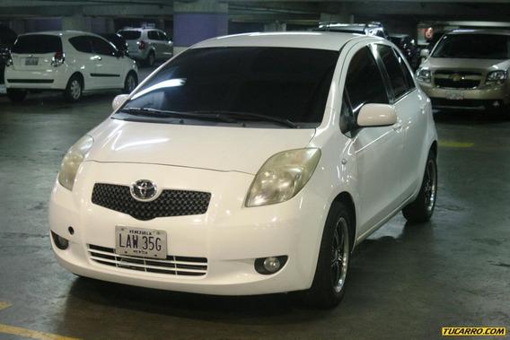 Toyota Yaris Sincronico