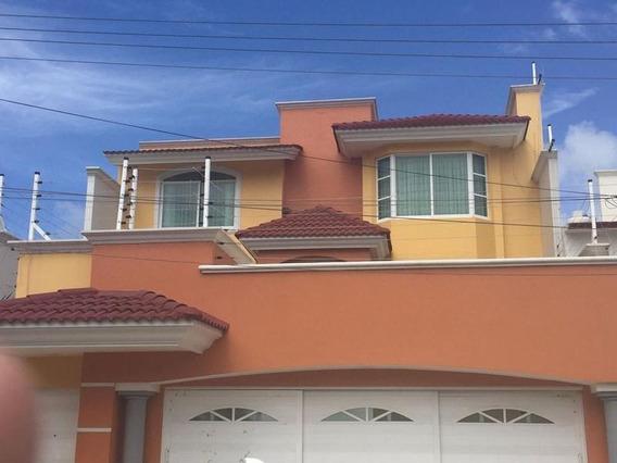 Bonita Casa En Renta, Nayarit, Col. Petrolera.