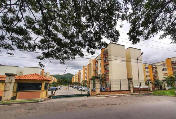 Apartamento En Venta El Polvero Ys 20-22752