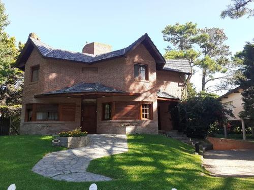 Vendo Casa 6 Amb Av. De Las Artes 1200 Zona Golf Pinamar