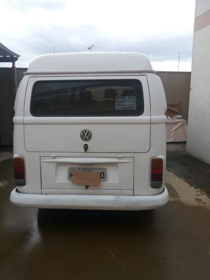 Volkswagen Kombi 1.6 Escolar 3p Gasolina
