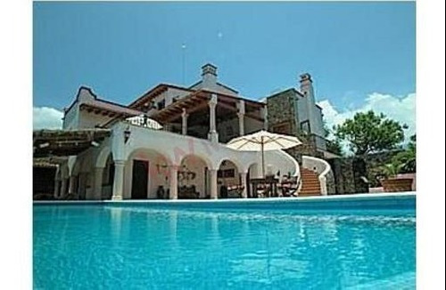 Casa En Venta, Tepoztlán, Morelos, 3 Niveles, Vista Panorámica.