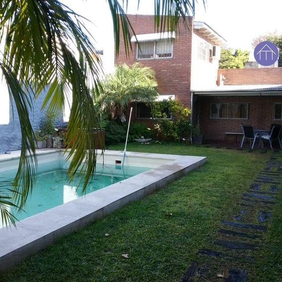 Hermosa Casa Con Pileta Y Jardín