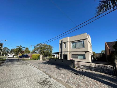Imagen 1 de 16 de Excelente Casa 5 Amb 440 M² En Lote 3000 M² - Barrio Privado Juan Grande