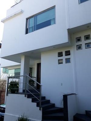 Impecable Casa En Condominio En San Jerónimo Aculco