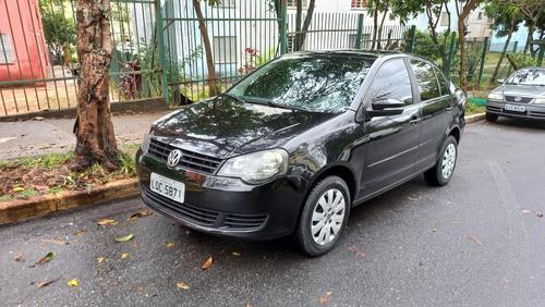Imagem 1 de 15 de Volkswagen Polo Sedan 2012 1.6 Vht Total Flex 4p