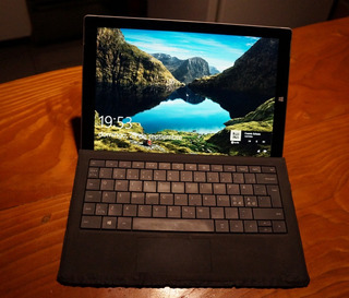 Microsoft Surface Pro 3 I5 + Funda + Mouse Inalambrico