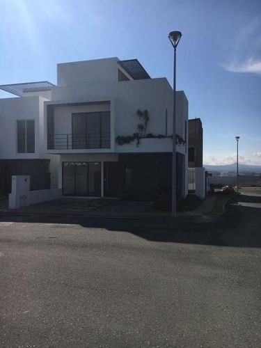 Gps/casa En Venta En San Isidro Juriquilla, Qro