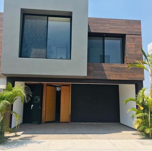 Hermosa Casa Nueva En Venta En Fracc San Carlos En Indeco