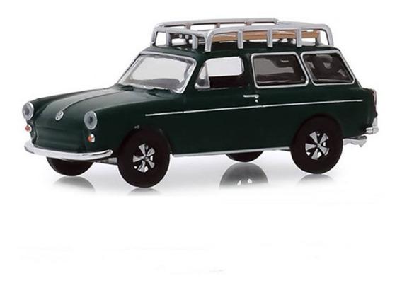 Greenlight Estate Wagons 1969 Volkswagen T3 Squareback 1:64