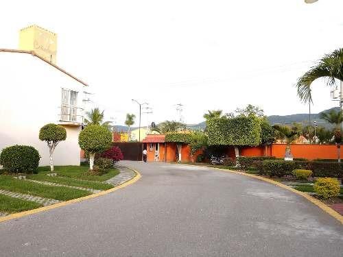 Casa Con Areas Comunes Como Alberca