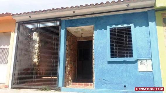 Casas En Venta Flor Amarillo Joelthielen Cod: 19-9687