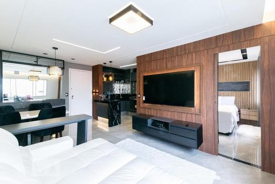 Apartamento No 10º Andar Mobiliado Com 1 Dormitório E 1 Garagem - Id: 892956128 - 256128