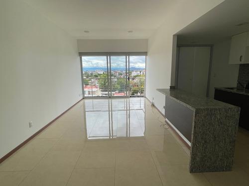 Imagen 1 de 14 de Excelente Vista Y Distribución  En Gran Tower Del Valle