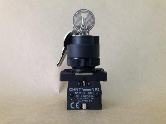 Botão Seletor Plastic 2p/3p Fixa-c/ret 1na Ou 1na/1na Np2 Eg