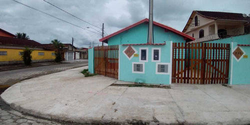 Casa Nova Em Mongaguá! Com 02 Dormitórios .ref.: 7840 E