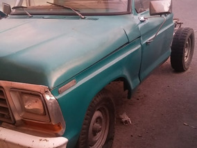Ford Pick-up 79