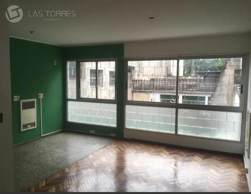 Apartamento - Centro - Amplio Con División, Viv U Of, G.c 2.200