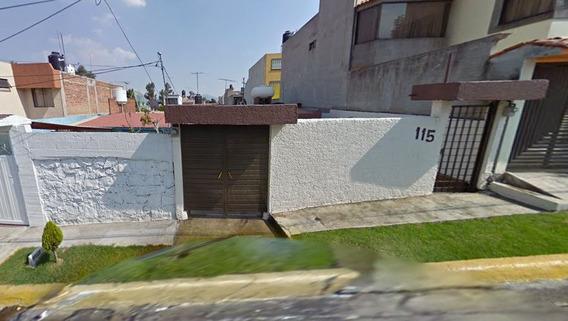 Inversión Vía Remate Bancario Casa En Los Pirules.