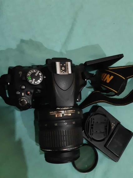 Câmera Digital Nikon D5100 E Lente Nikkor 18-55mm Consevada