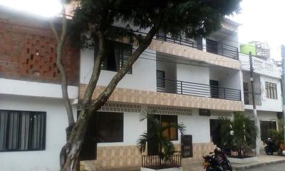Edificio De Apartamentos En Guayaquil