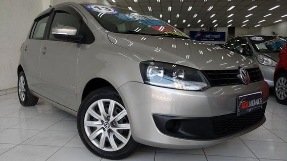 Volkswagen Fox 1.6 Trend Único Dono 2013 Prata