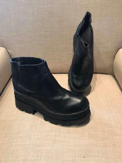 Bota Corta De Cuero Con Plataforma Negro Americanino 35