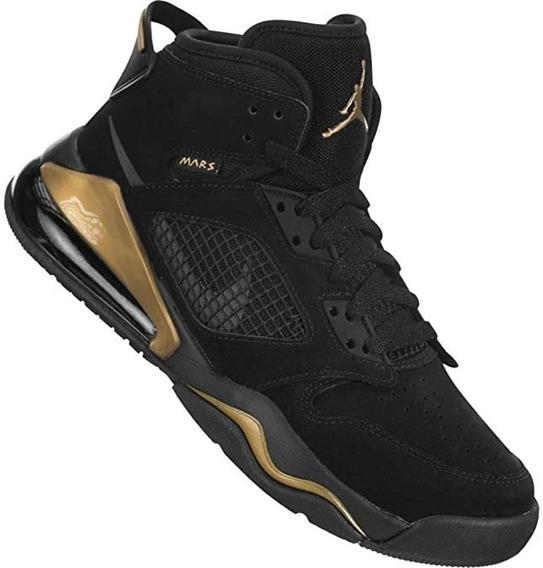 Tenis Jordan Mars 270 Negro C/ Dorado