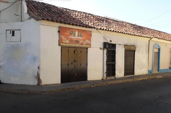 04146954944 Cod-20-7721 Local En Venta Centro De Coro