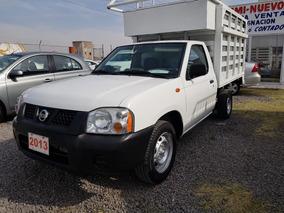 Nissan Np300 2.4 Estacas Dh Mt