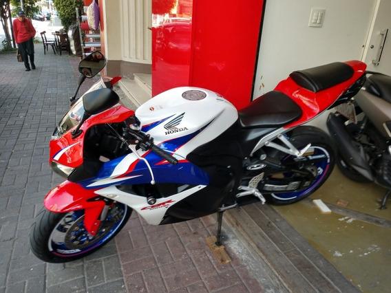 Cbr 600 Rr 10 Troco Moto / Financio