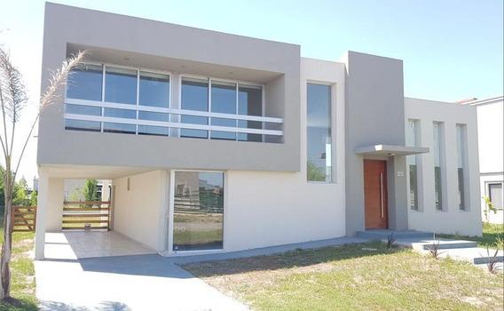 Venta - Casa En Los Talas - Canning