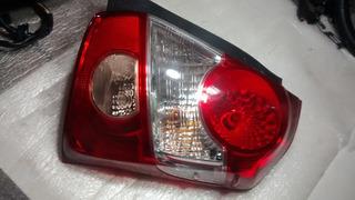 Lanterna Traseira Direita Toyota Etios 12/18 Sedam