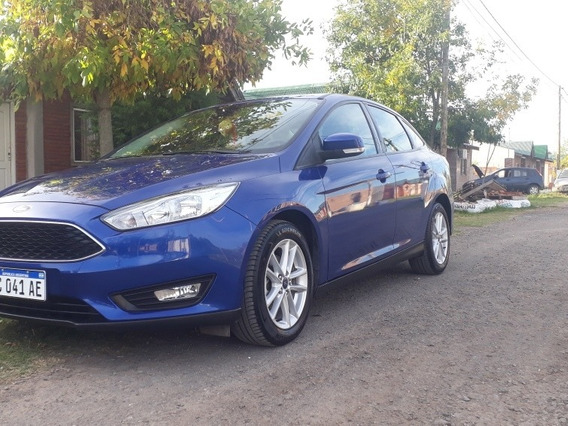 Ford Focus S 1.6 (sedan)