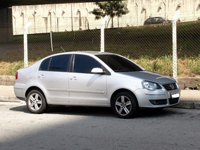 Volkswagen Polo Sedan 1.6 Mi Comfortline 8v Flex 4p Automati