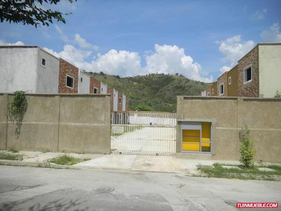 Townhouses En Venta Urbanizacion Valle Fresco
