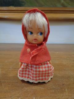 Antigua Muñeca Mini Puky De Goma Y Ropa De Caperucita Roja