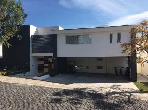 Casa Con Alberca En Venta Las Cañadas En Coto